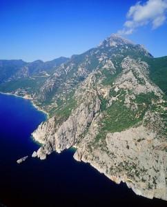 Muntele Athos din elicopter