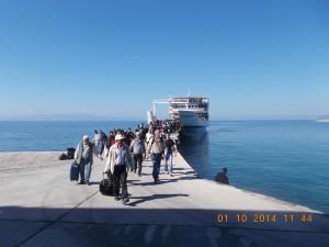 coborare de pe feribot Athos